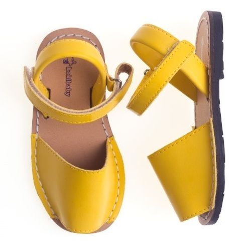 Sandalia-Avarca-Baby-Amarela--18-ao-22-