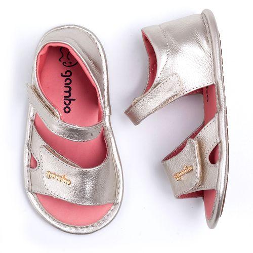 sandalia-gambo-velcro-dourada