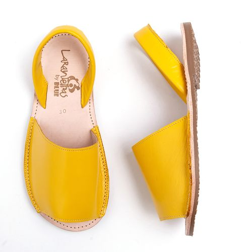 sandalia-avarca-laranjeiras-amarela