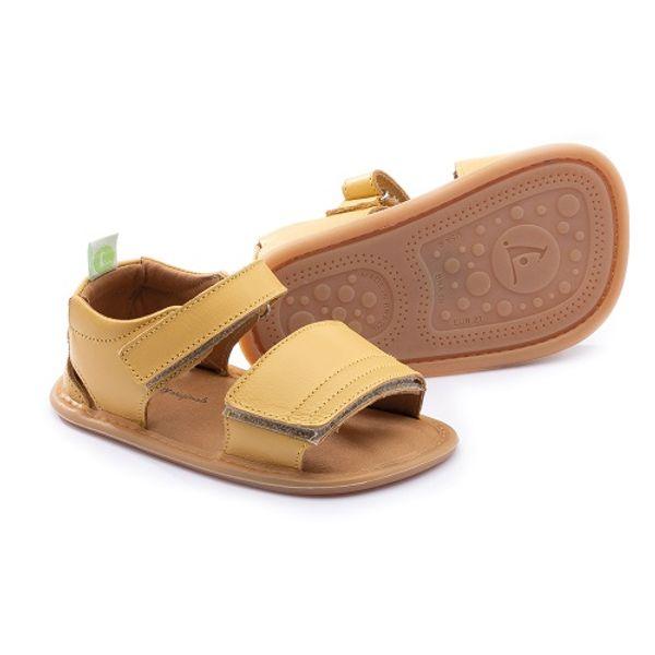 sandalia-infantil-tip-toey-joey-slacky-amarela