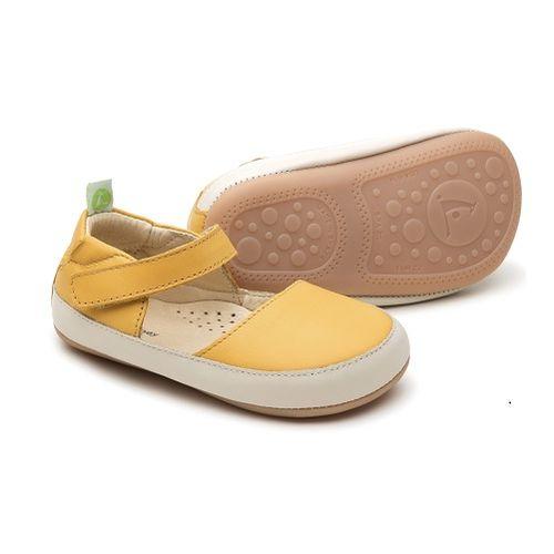 sandalia-infantil-tip-toey-joey-cuddly-amarela