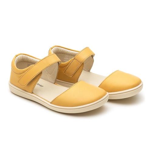 sandalia-infantil-tip-toey-joey-little-cuddle-amarela